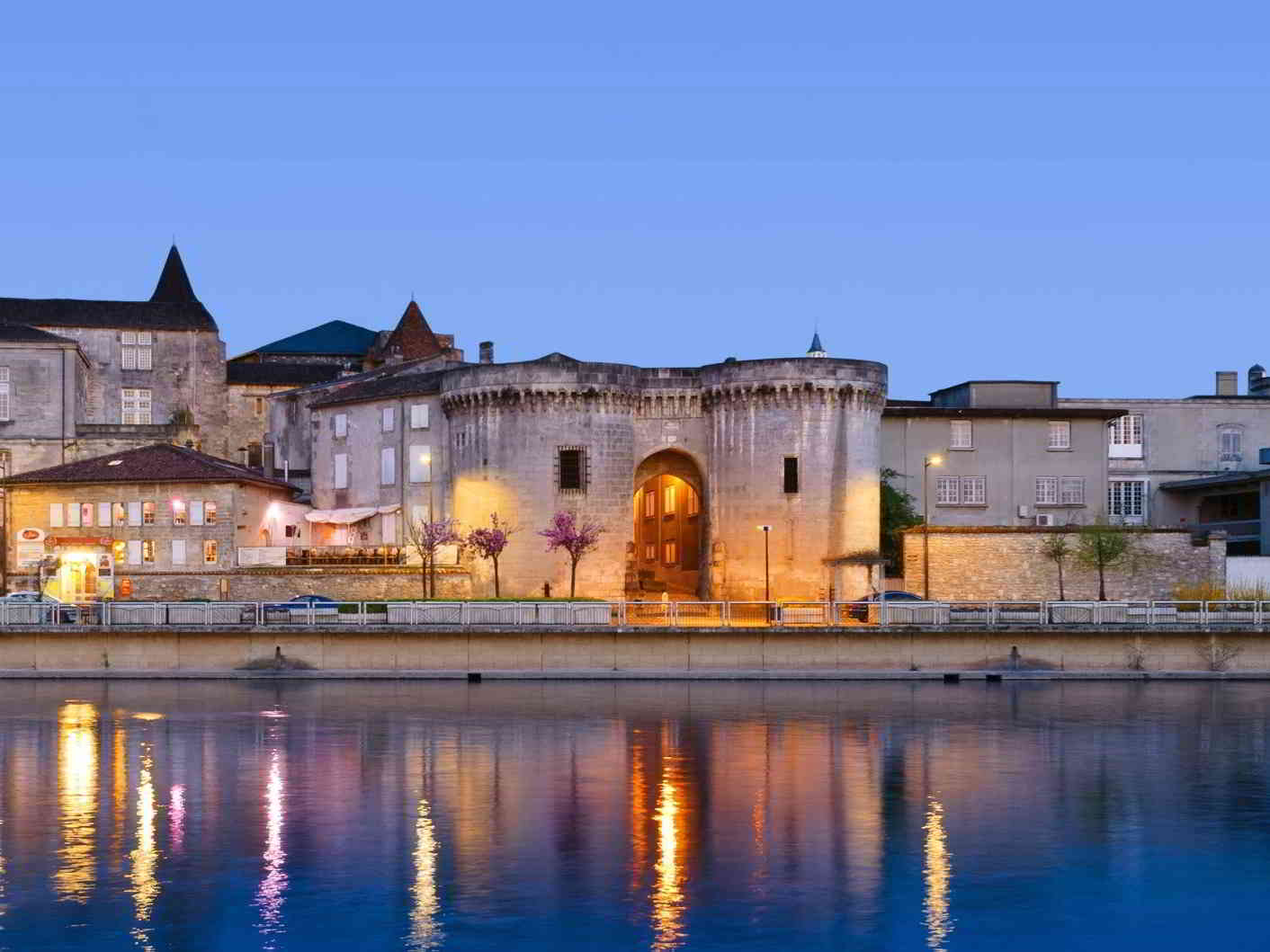 5 Reasons Luxury Travelers Should Visit Cognac, France
