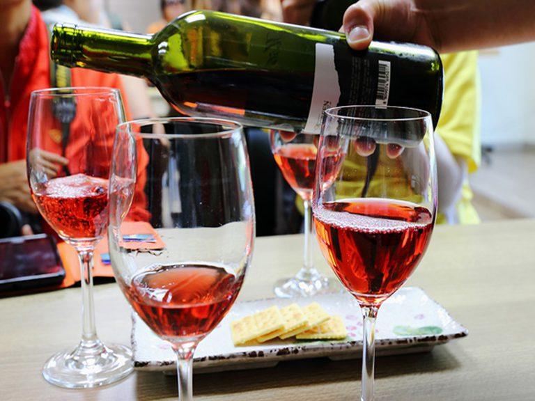 Tasting of Cabernet d'Anjou