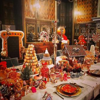 christmas france vs america dressed table