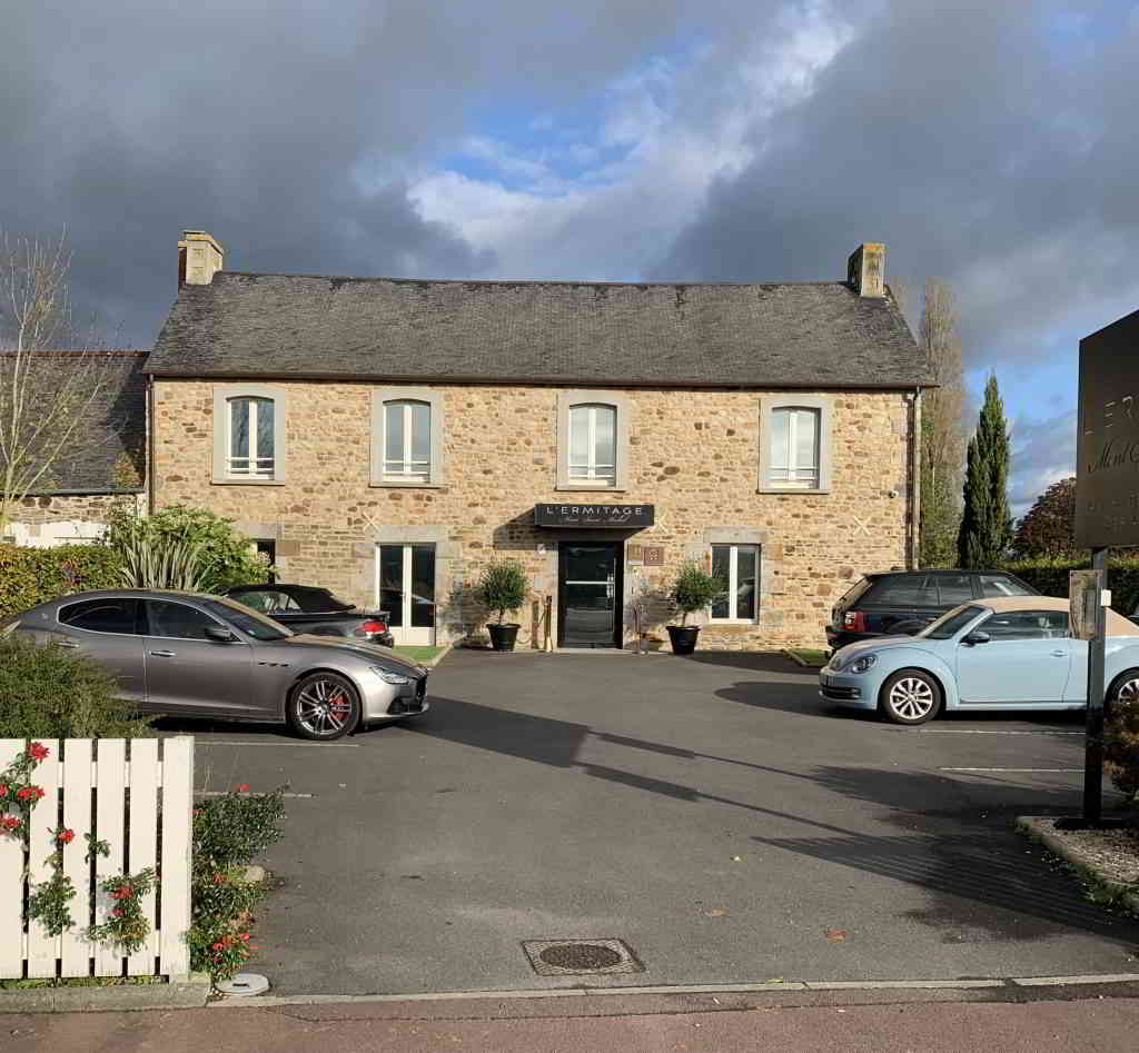 Ermitage-Mont-Saint-Michel-e1573824853908-1024x947