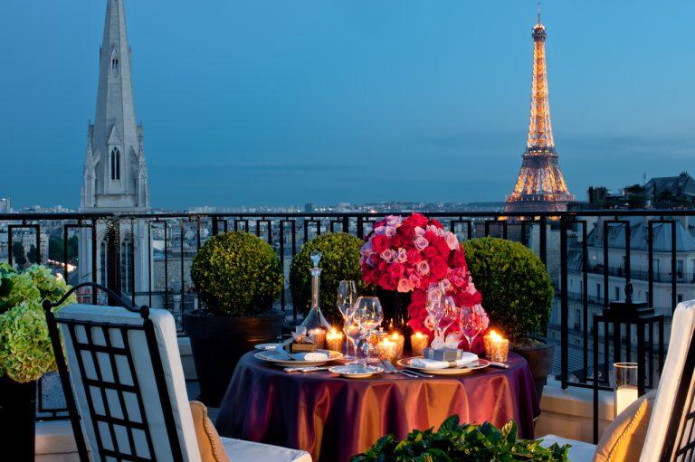 Private Dinner in a Parisian Rooftop ©G de Laubier-Four Seasons