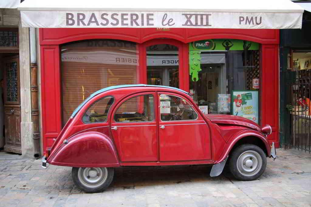 A Tour of Paris 2cv red