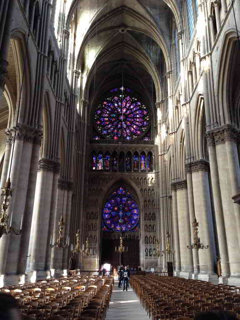 Champagne-reims-cathedral-inside