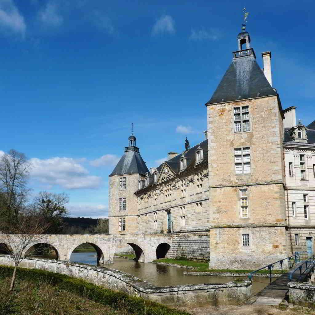 Château de Sully, Burgundy