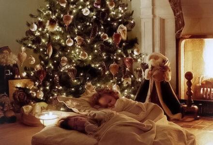 christmas tree night child sleeping