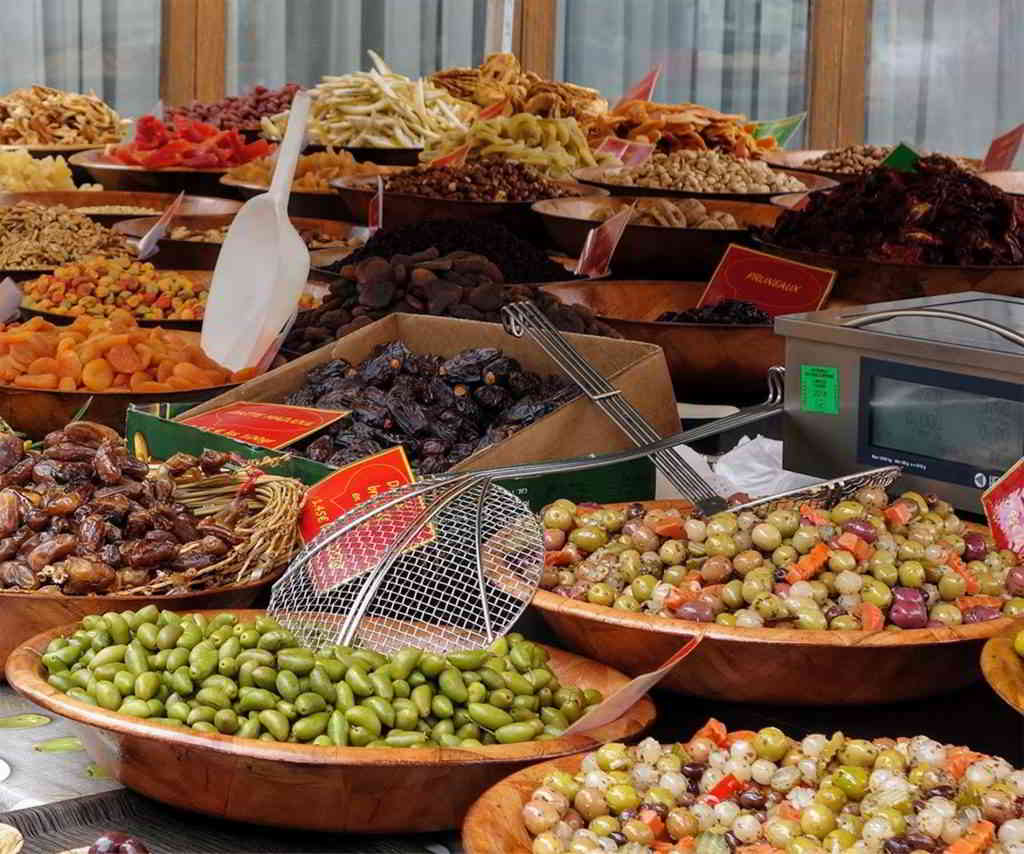 Gourmet olives in a Provencal market
