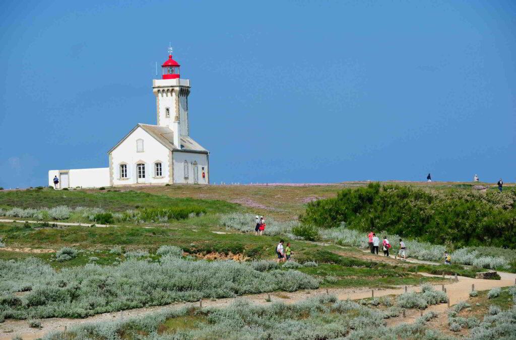 brittany island lighthouse