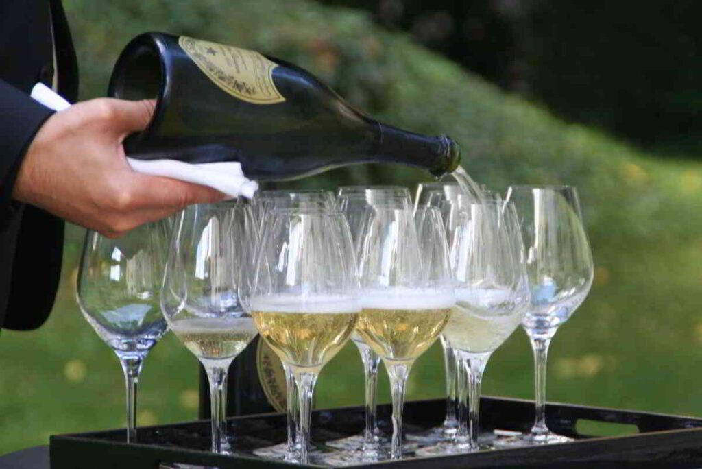 Domperignon serving glasses