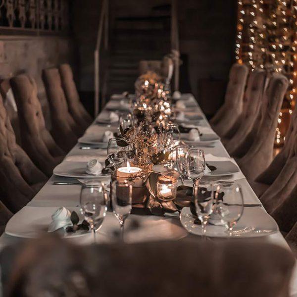 luxury dinner table decoration