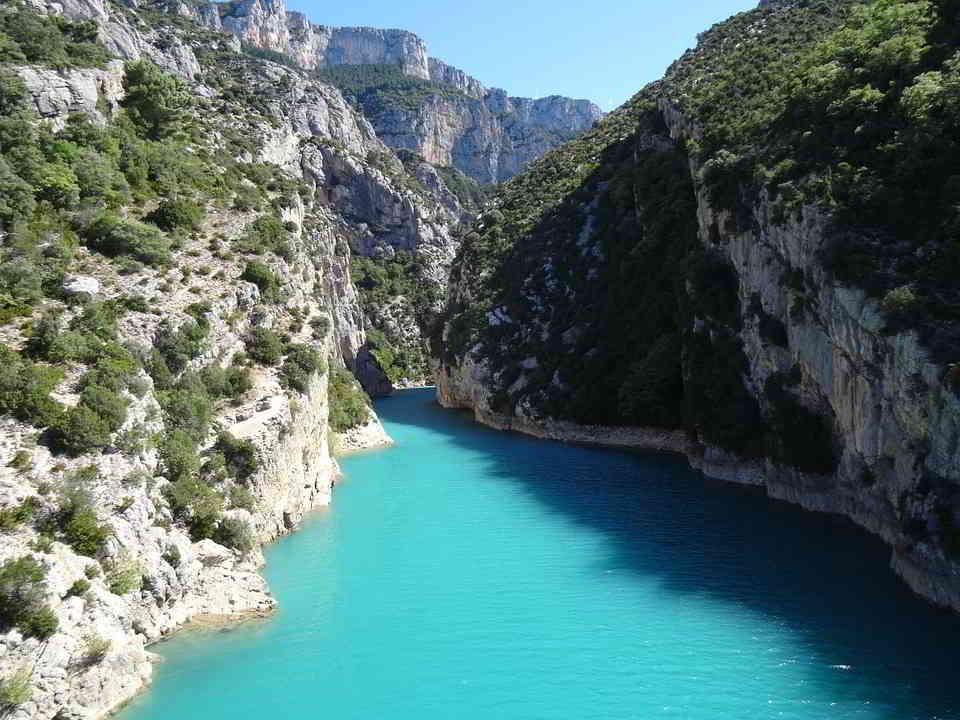 The Gorgeous Lac de Sainte-Croix in Verdon