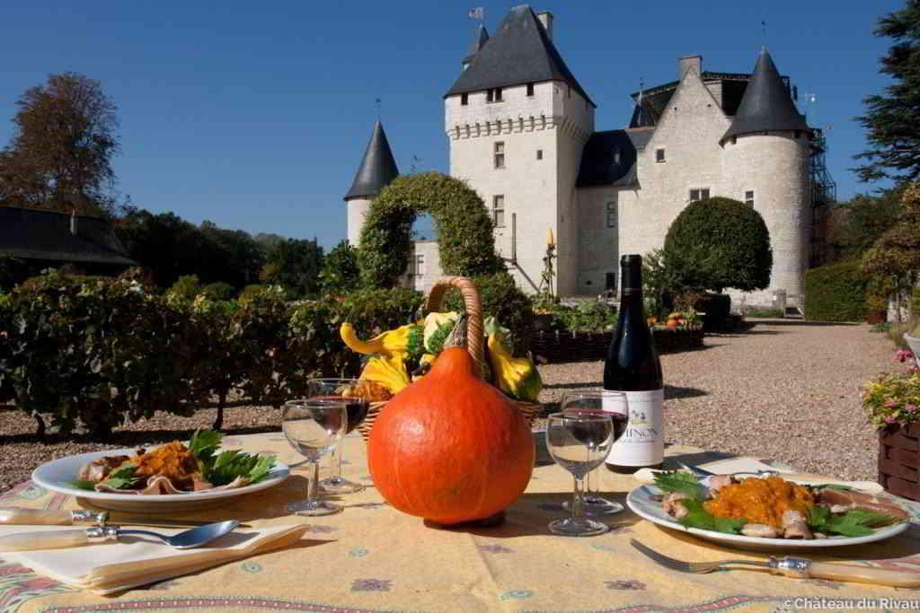 Riveau Castle