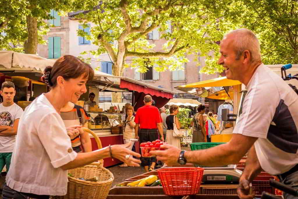 A open air market in the Pyrénées